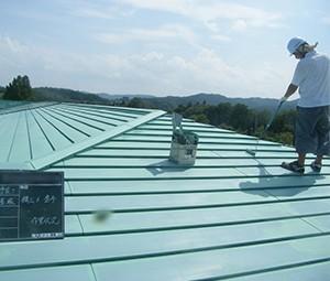 屋根塗装-下塗り
